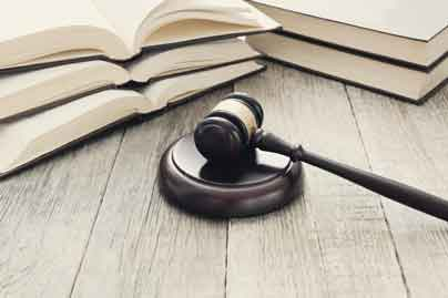 Image of books & gavel link to Municipal Court Page