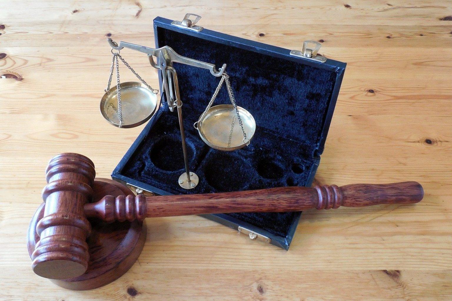 hammer, horizontal, court